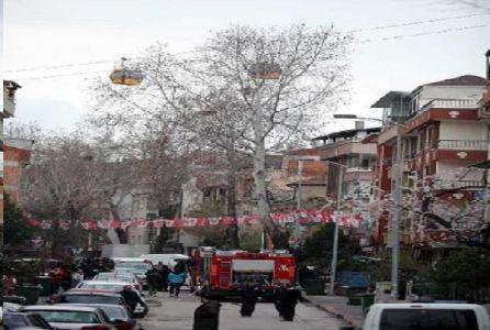 Ankara'yı teleferik çarptı, dört evde yangın çıktı