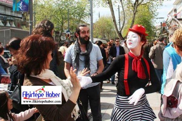Dünya Sanat Günü Etkinliği '' Bugün Bağdat Caddesinde yapılacak''