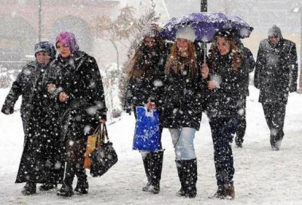 Dikkat !!! İstanbul'da ani kar ve soğuk hava uyarısı ..!