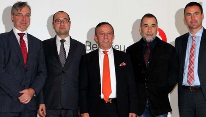 Türkiye her şeye rağmen yabancı yatırımcı için cazibe merkezi olmaya devam ediyor !
