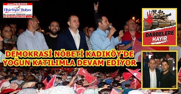 Kadıköy'de Demokrasi Nöbeti Devam Ediyor