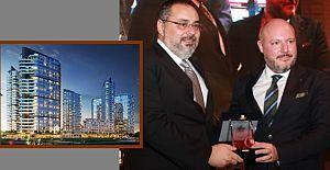Teknik Yapı - Halk GYO ortak projesi Evora İzmir'e Anlamlı Ödül