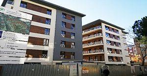 Kartal'da geçen yıl çöken ve kentsel dönüşüme giren binalar yenilenerek teslim edildi